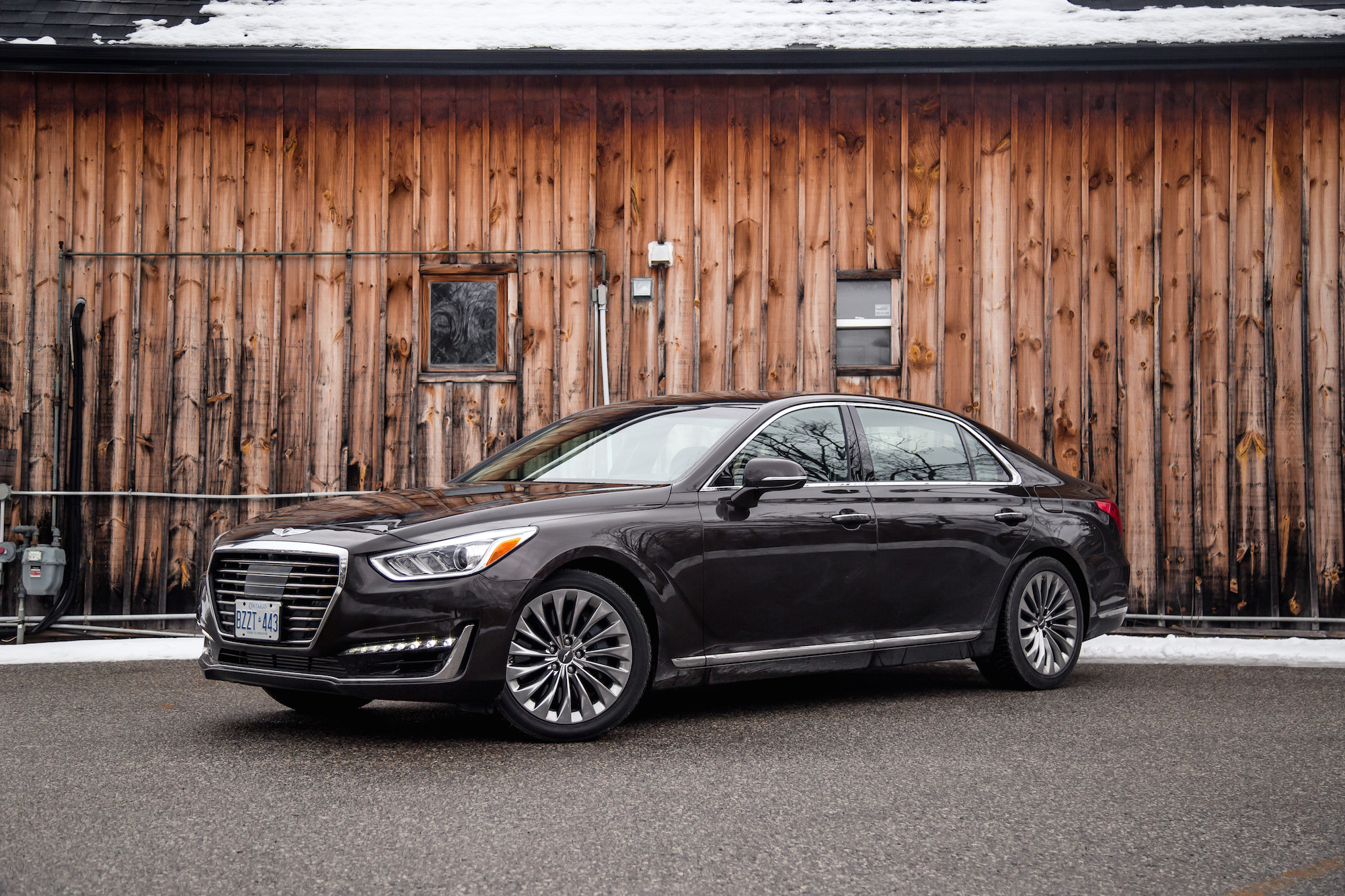 New Review 2017 Genesis G90 33T  Canadian Auto Review