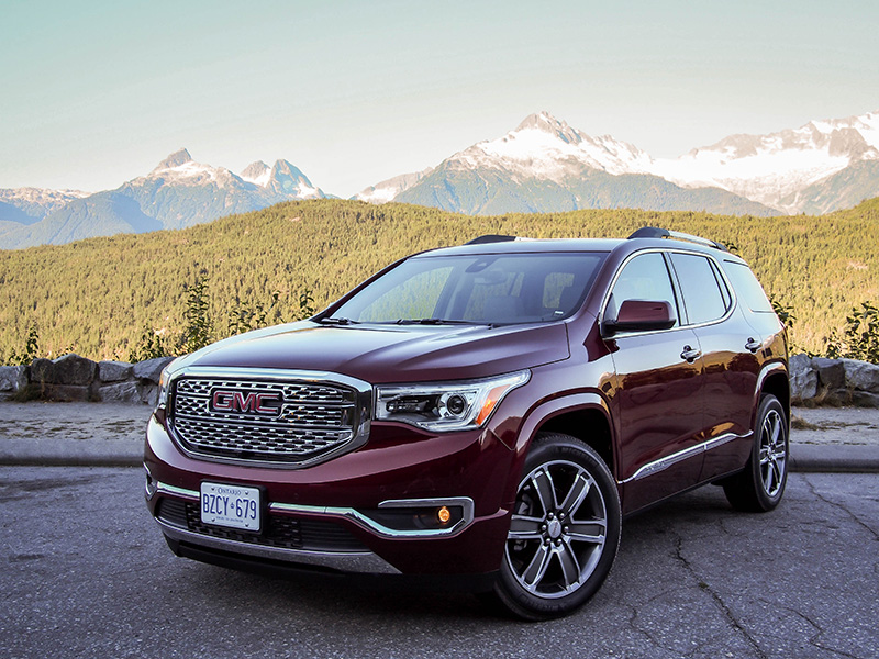 2017 GMC Acadia canada review