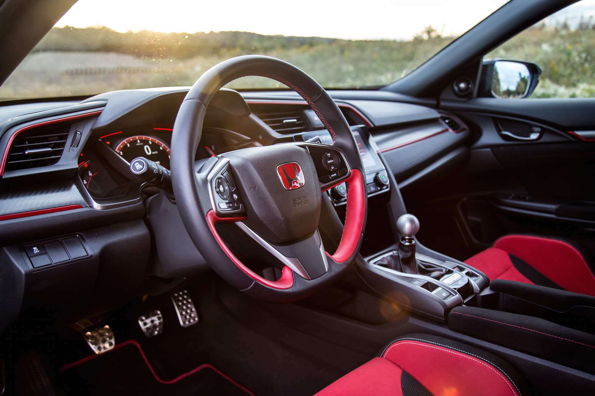review 2017 honda civic type r canadian auto review. Black Bedroom Furniture Sets. Home Design Ideas