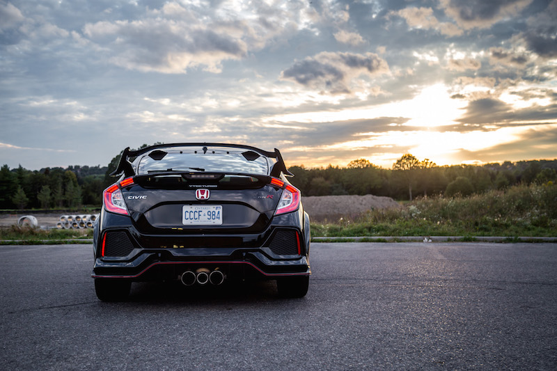 Review 2017 honda civic type r canadian auto review for 2017 honda civic curb weight