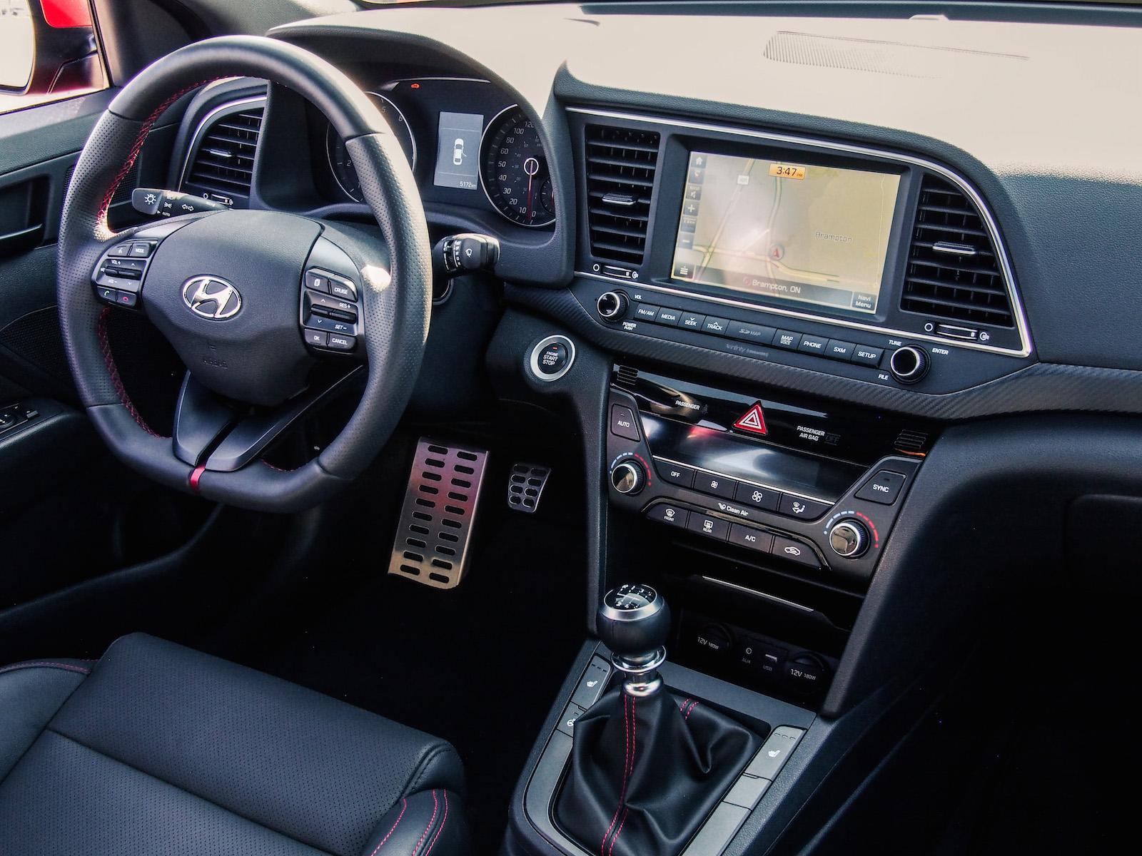 2017 hyundai elantra sport canadian auto review for Hyundai elantra sport interior
