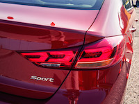 2017 Hyundai Elantra Sport rear tail lights
