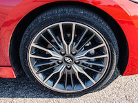2017 Hyundai Elantra Sport tires wheels