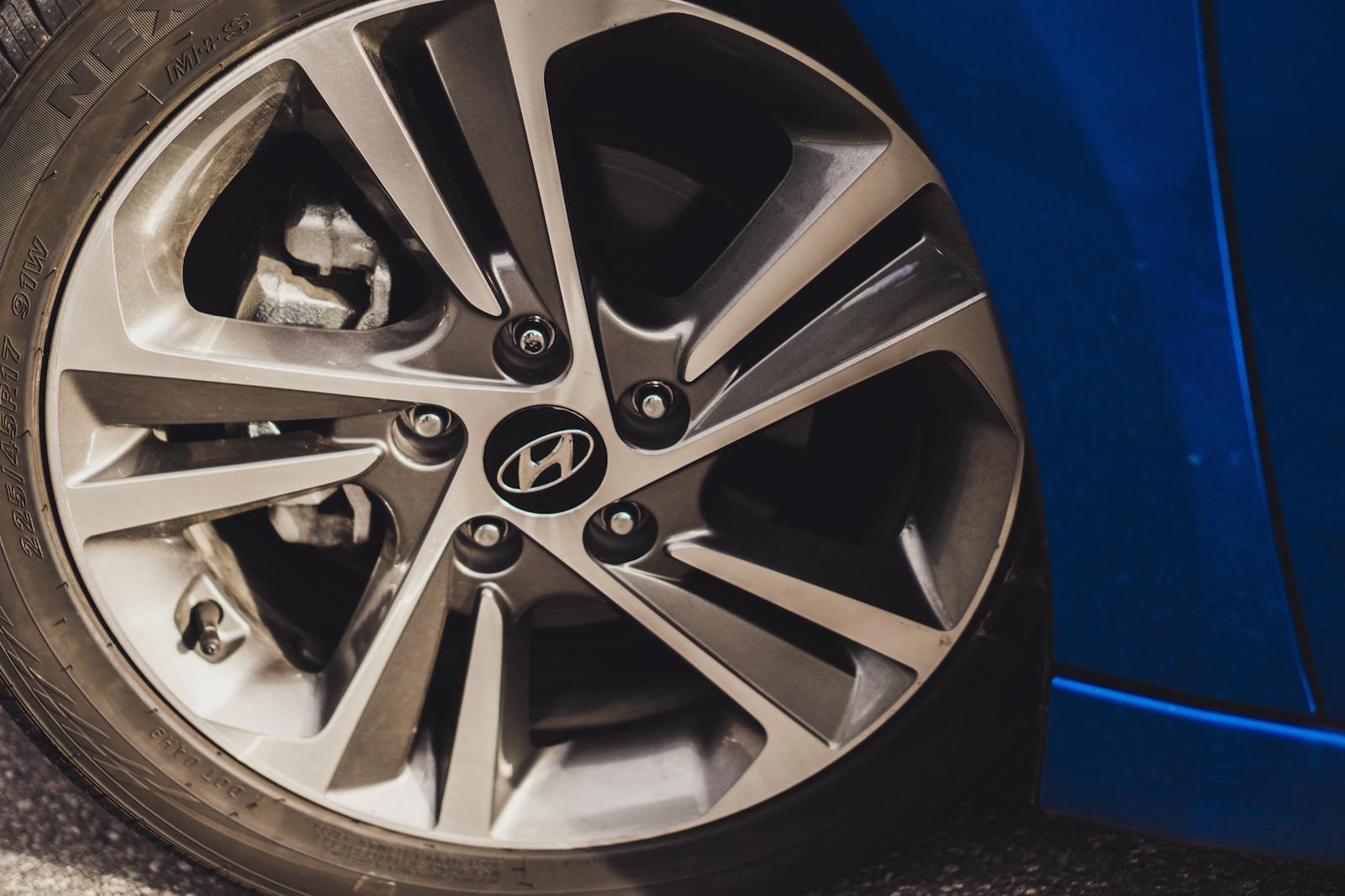 Review: 2017 Hyundai Elantra Limited | Canadian Auto Review