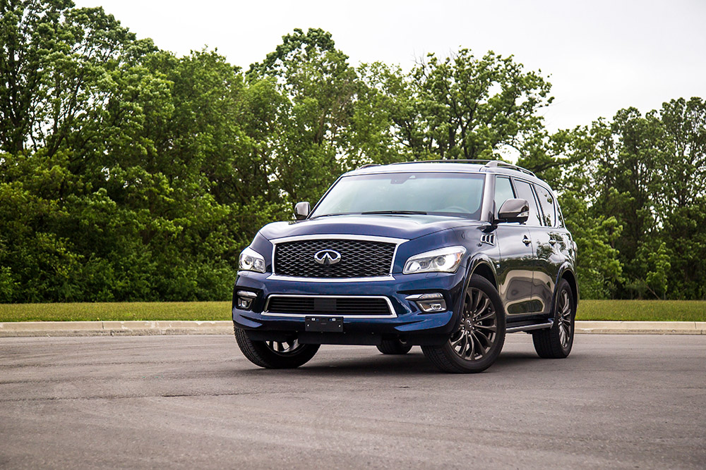 2017 Infiniti QX80 Limited hermosa blue canada