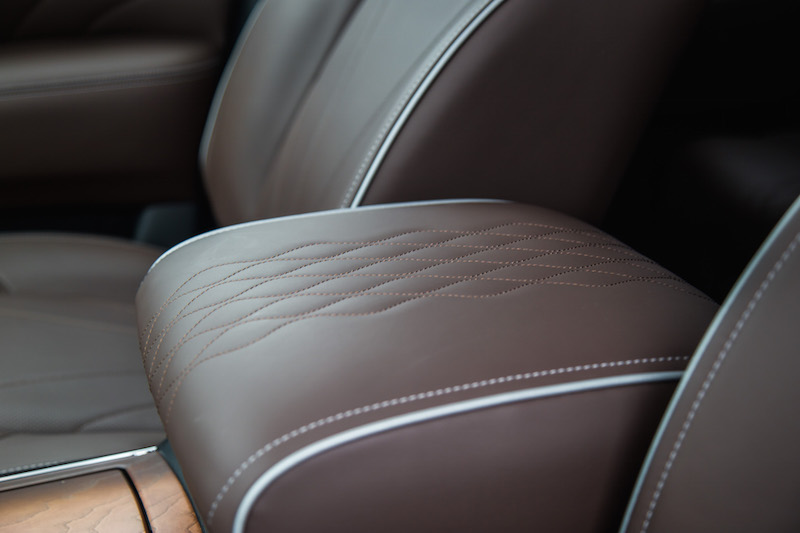 2017 Infiniti QX80 Limited quilted leather pattern
