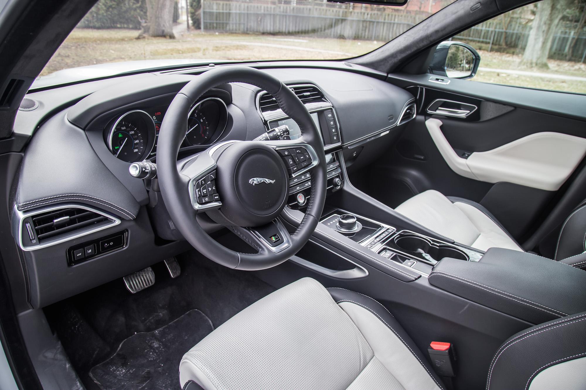 2017 Jaguar F Pace S Vs 2017 Mercedes Amg Glc43 Vs 2017