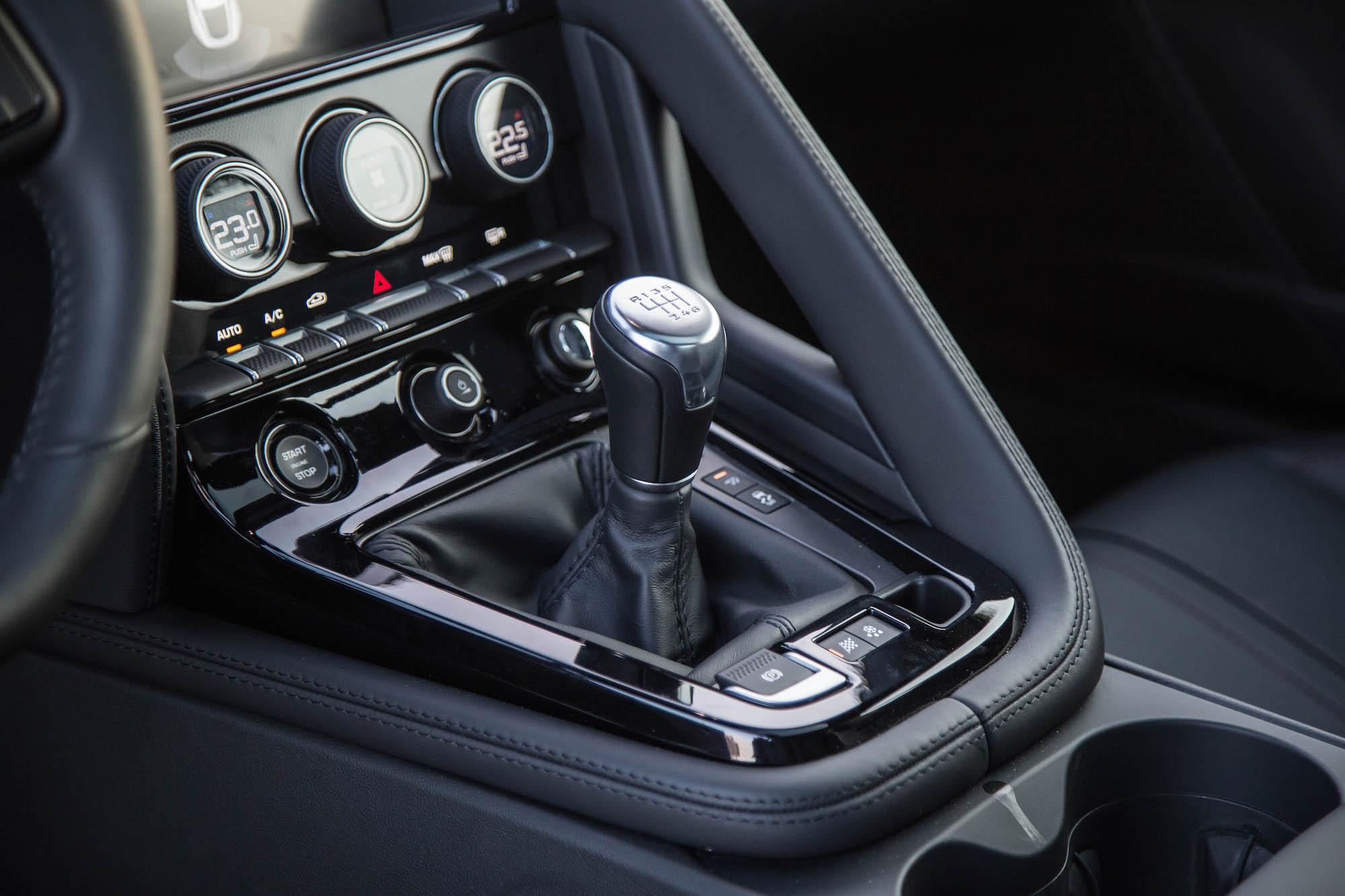 Review 2017 Jaguar F Type S Manual