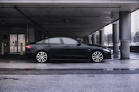 Jaguar XE 20d R-Sport side view wheels