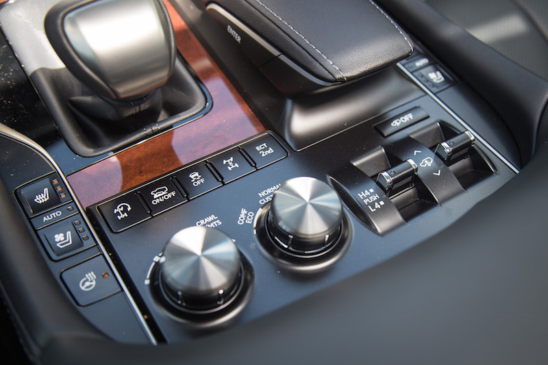 2017 Lexus LX 570 switches dials for off roading