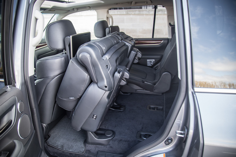 2017 Lexus LX 570 second row power folding