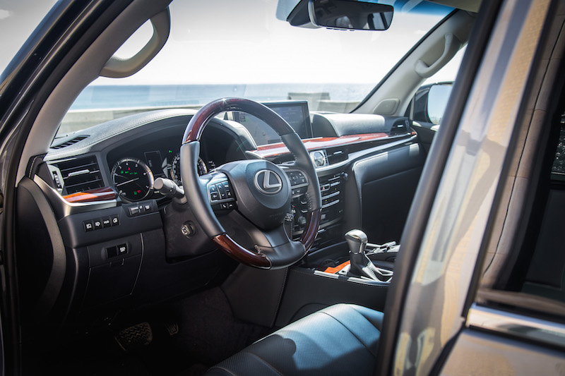 2017 Lexus LX 570 steering wheel wood leather