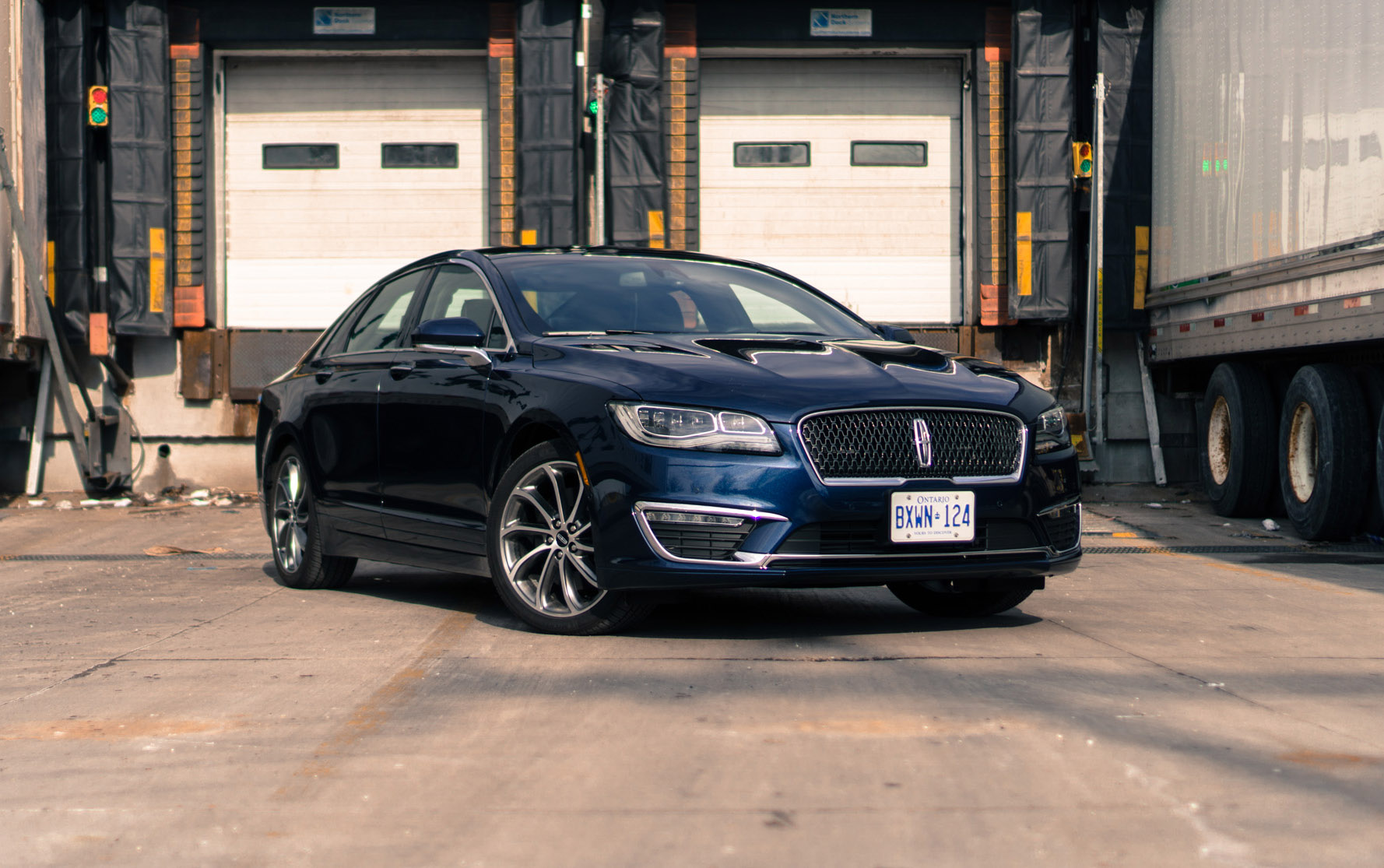 second review 2017 lincoln mkz awd 3 0t canadian auto review. Black Bedroom Furniture Sets. Home Design Ideas