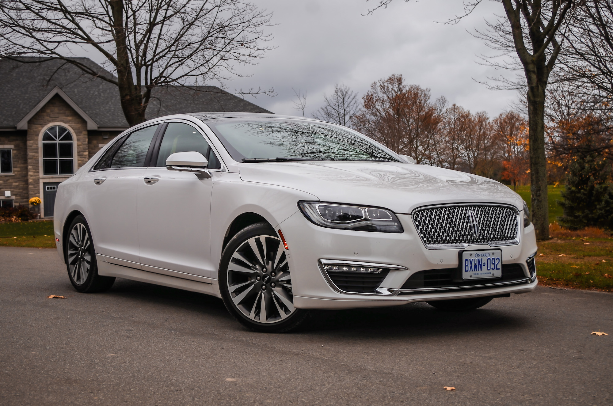 mkz lincoln hybrid normal specifications