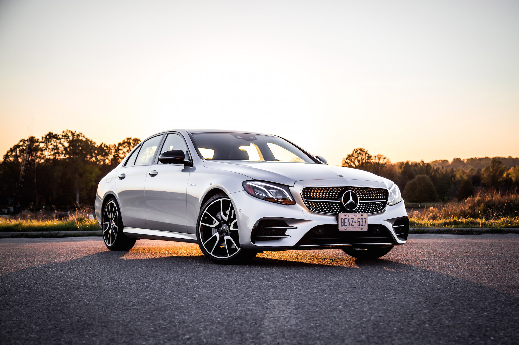 http://www.canadianautoreview.ca/images/car_photos/2017-mercedes-amg-e43-4matic-sedan/normal/e43-fs1.jpg