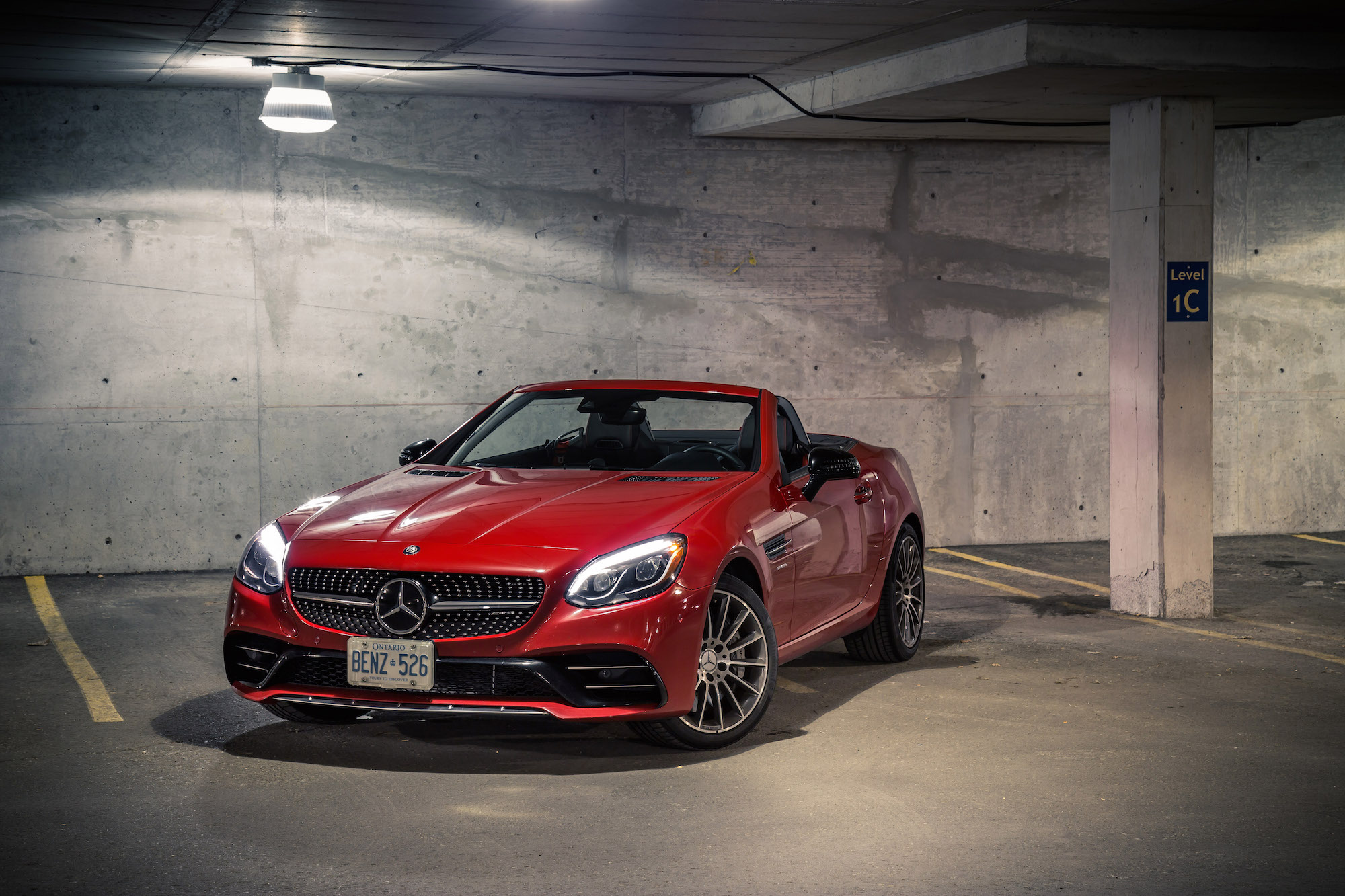 http://www.canadianautoreview.ca/images/car_photos/2017-mercedes-amg-slc-43/normal/mercedes-amg-slc-43-fs2.jpg