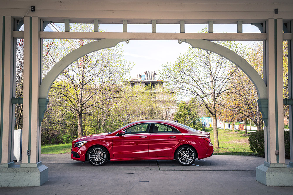 2017 Mercedes-Benz CLA 250 4MATIC canada review