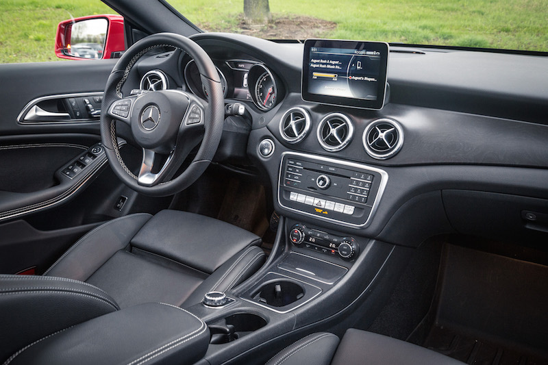 2017 Mercedes-Benz CLA 250 4MATIC interior black