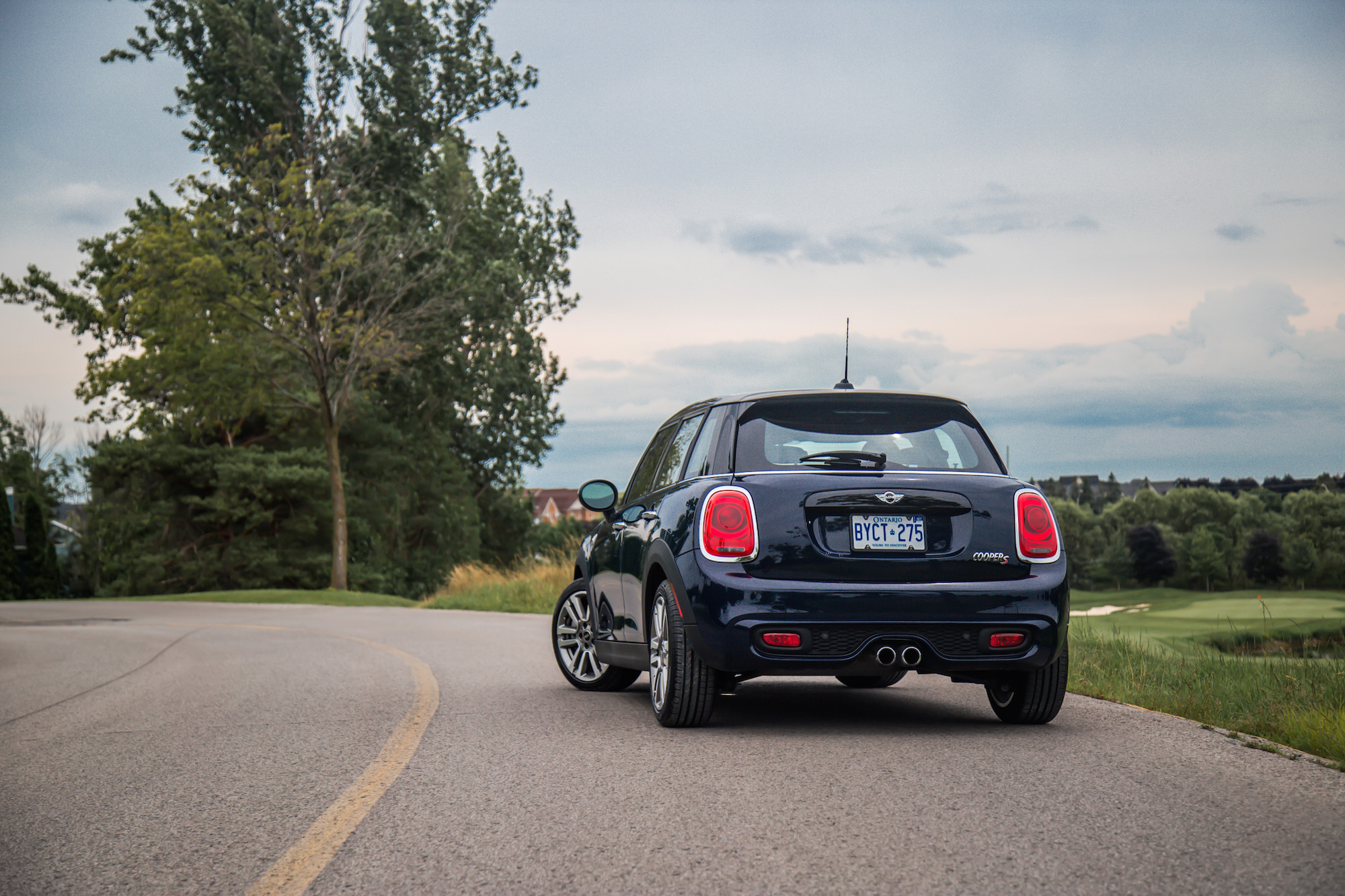 Mini Cooper Canada Price >> Review: 2017 MINI Cooper S 5-Door Seven Edition | Canadian ...