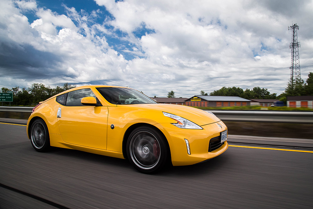 review 2017 nissan 370z touring sport coupe canadian auto review. Black Bedroom Furniture Sets. Home Design Ideas