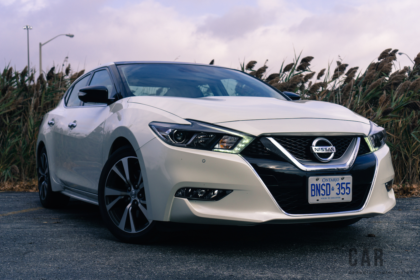 review 2017 nissan maxima platinum canadian auto review. Black Bedroom Furniture Sets. Home Design Ideas