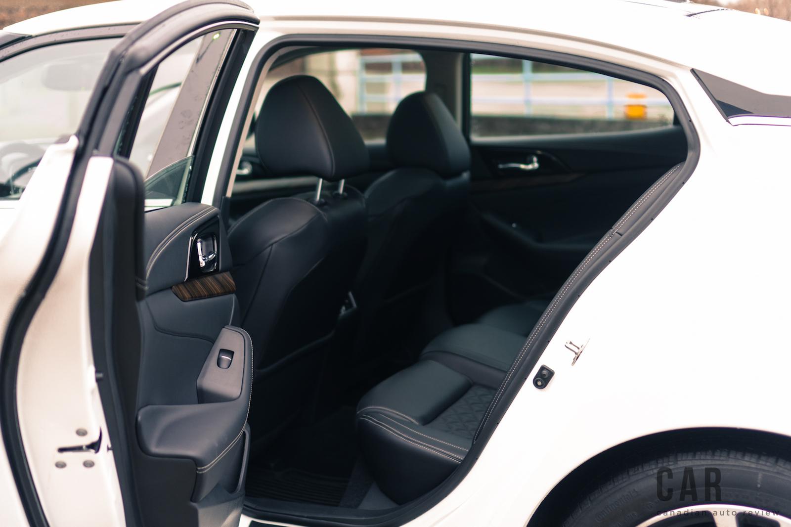 review  nissan maxima platinum canadian auto review