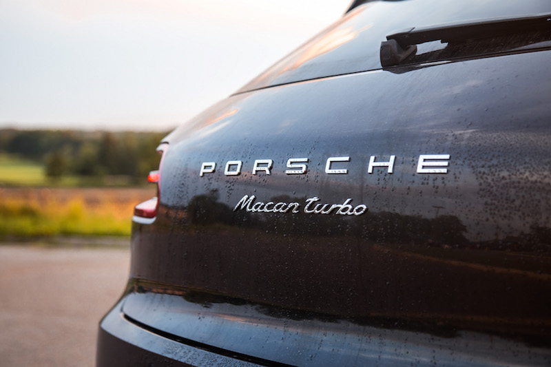 2017 Porsche Macan Turbo with Performance Package badge