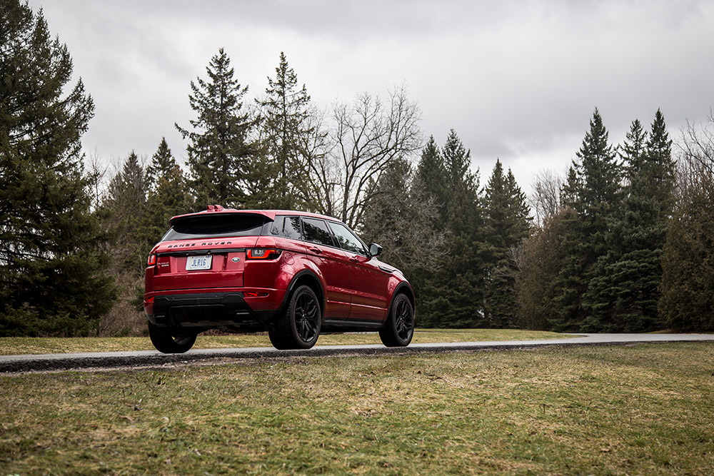 evoque hse dynamic review canada new