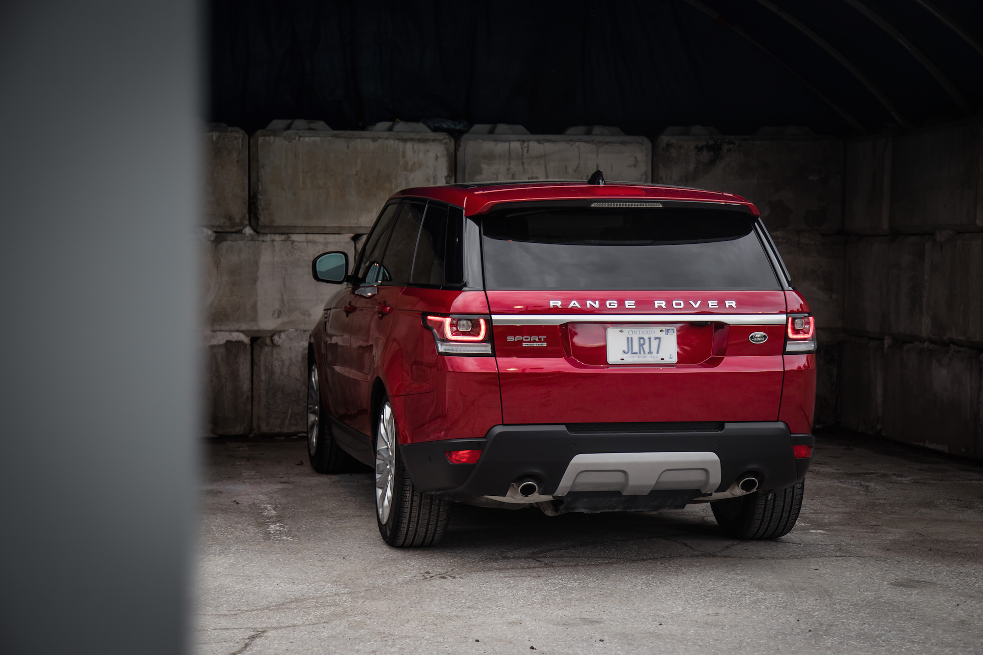 review 2017 range rover sport hse td6 canadian auto review. Black Bedroom Furniture Sets. Home Design Ideas