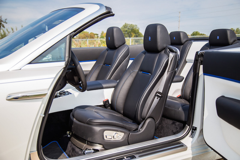2017 Rolls-Royce Dawn black leather front seats