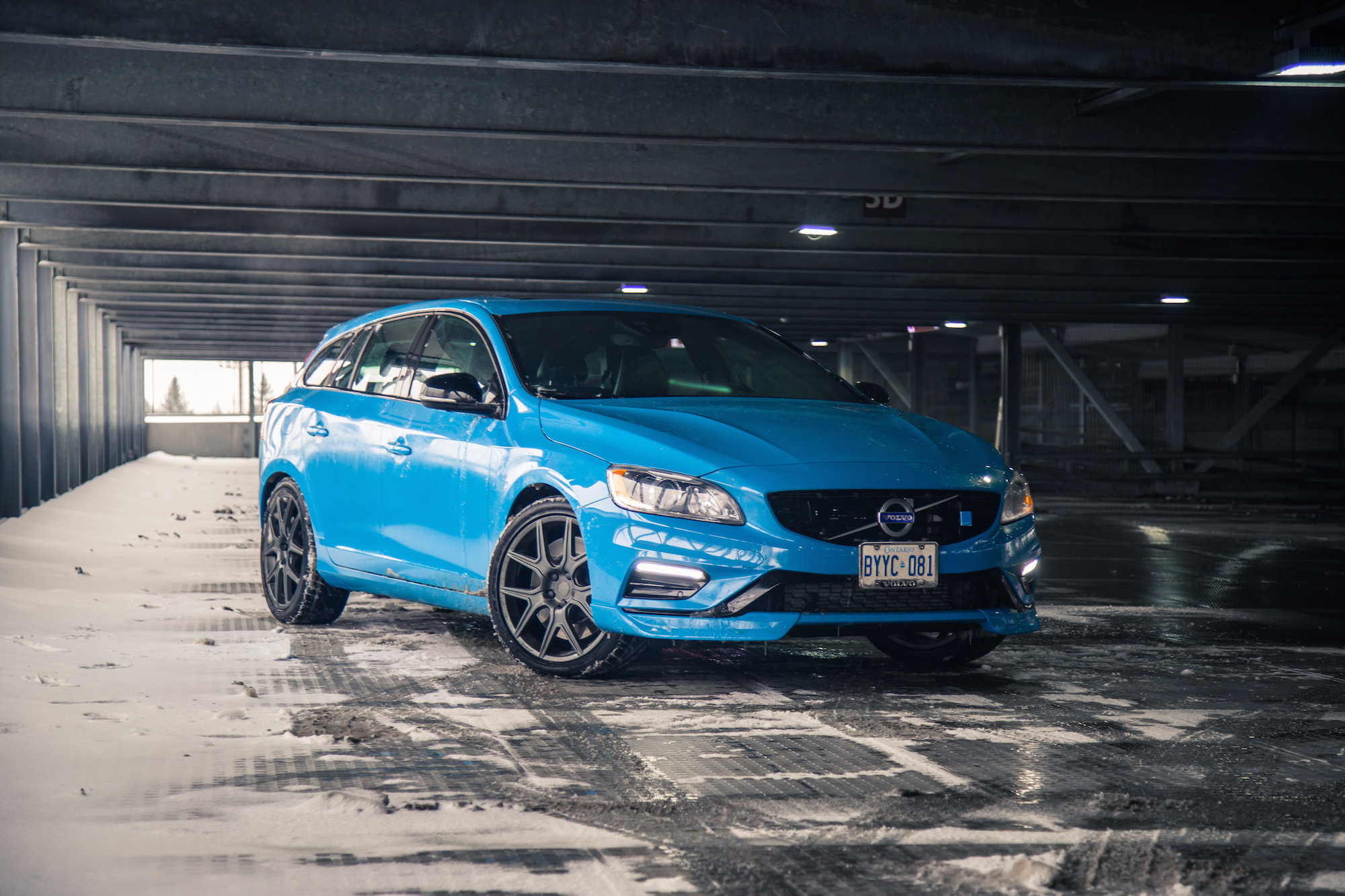 Review: 2017 Volvo V60 Polestar | Canadian Auto Review
