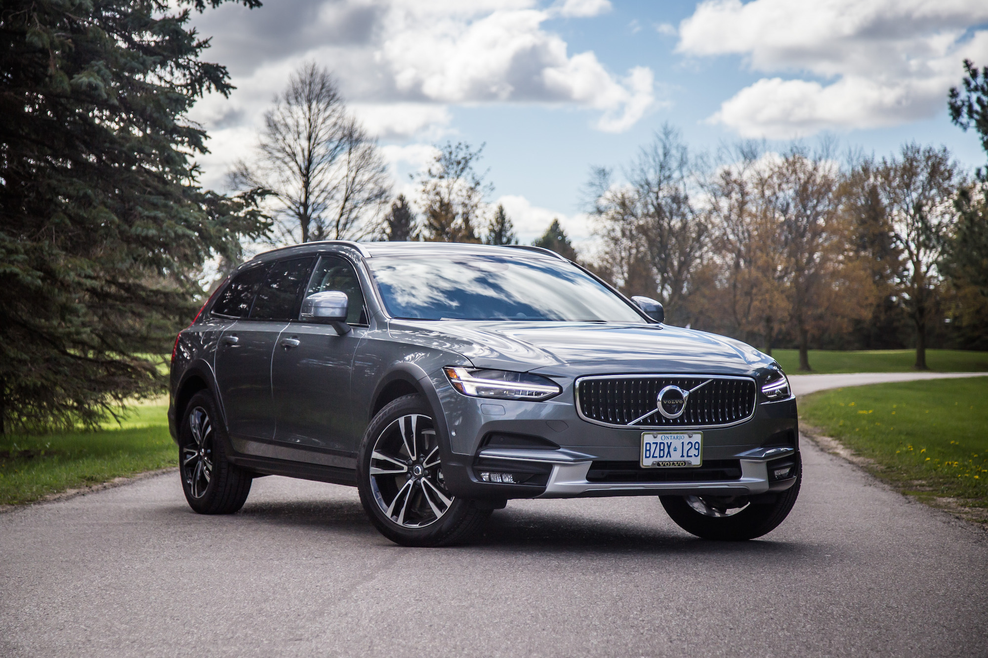 Review: 2017 Volvo V90 Cross Country   Canadian Auto Review
