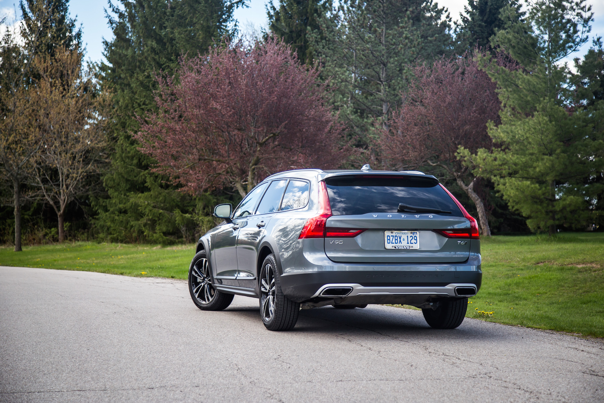Review: 2017 Volvo V90 Cross Country | Canadian Auto Review