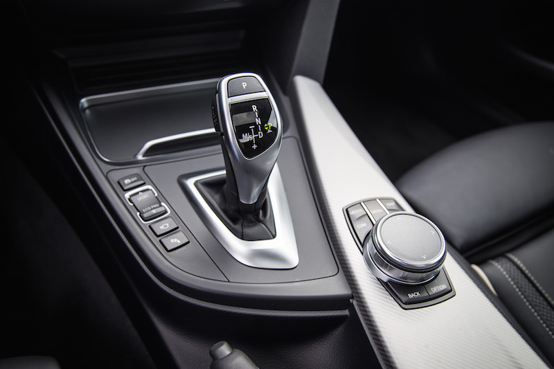 2018 BMW 440i xDrive 4 Series gear shifter