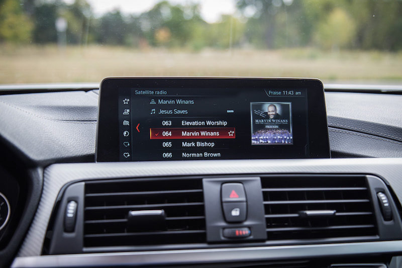 2018 BMW 440i xDrive 4 Series infotainment screen