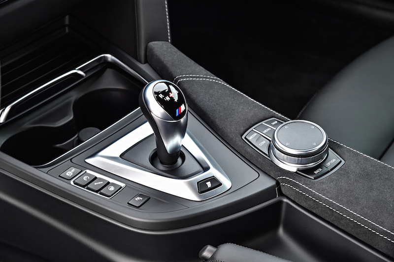 2018 BMW M4 CS double clutch transmission gear shifter