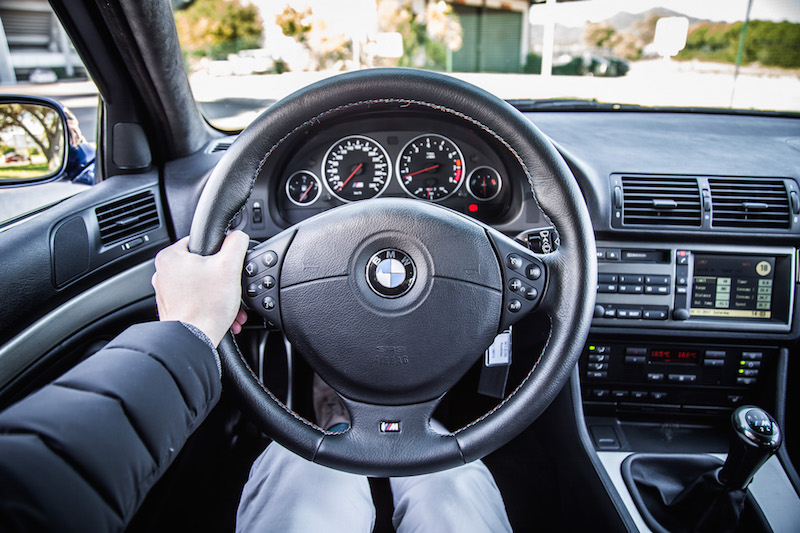 BMW e39 steering wheel interior