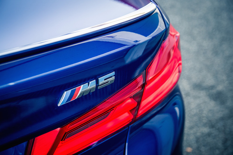 2018 BMW M5 rear spoiler badge