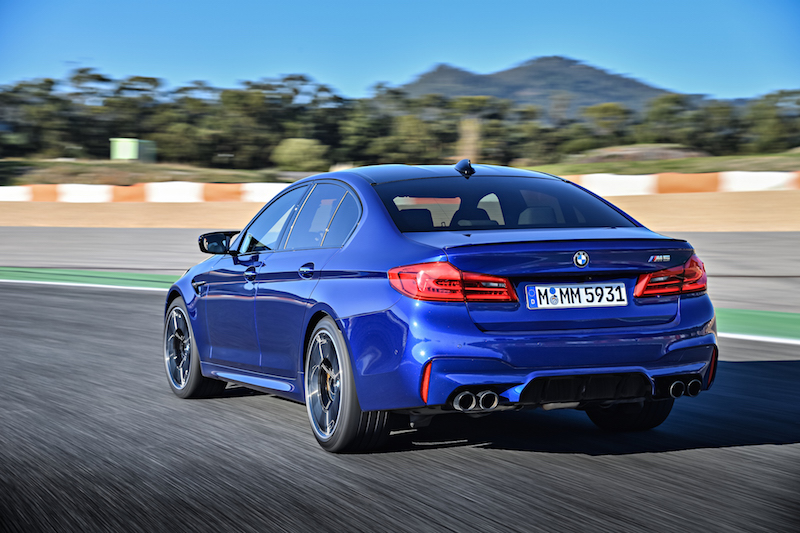 2018 BMW M5 F90 exhaust tips m sport exhaust