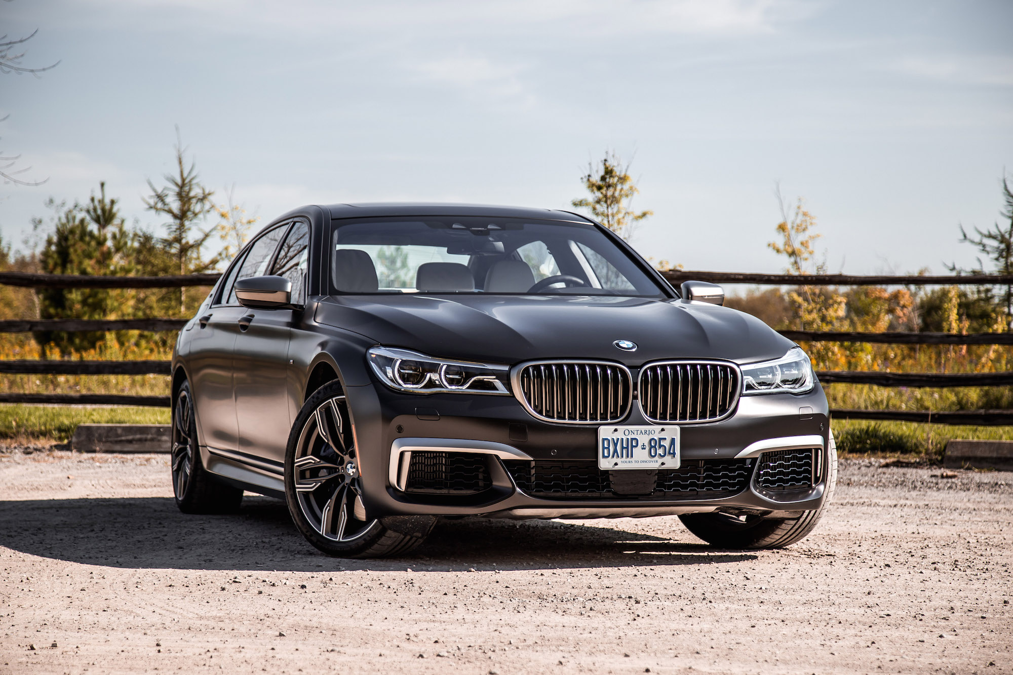 Review 2018 Bmw M760li Xdrive Canadian Auto Review