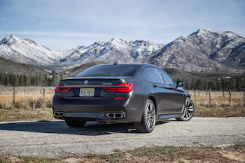 BMW M760Li xDrive cerium gray