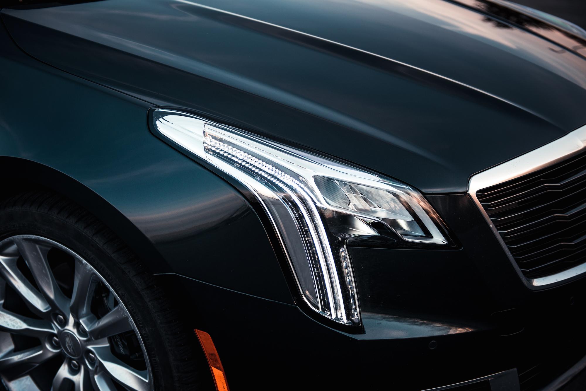 2017 Cadillac Cts 3 6 L Premium Luxury >> Review: 2018 Cadillac XTS V-Sport Platinum | CAR