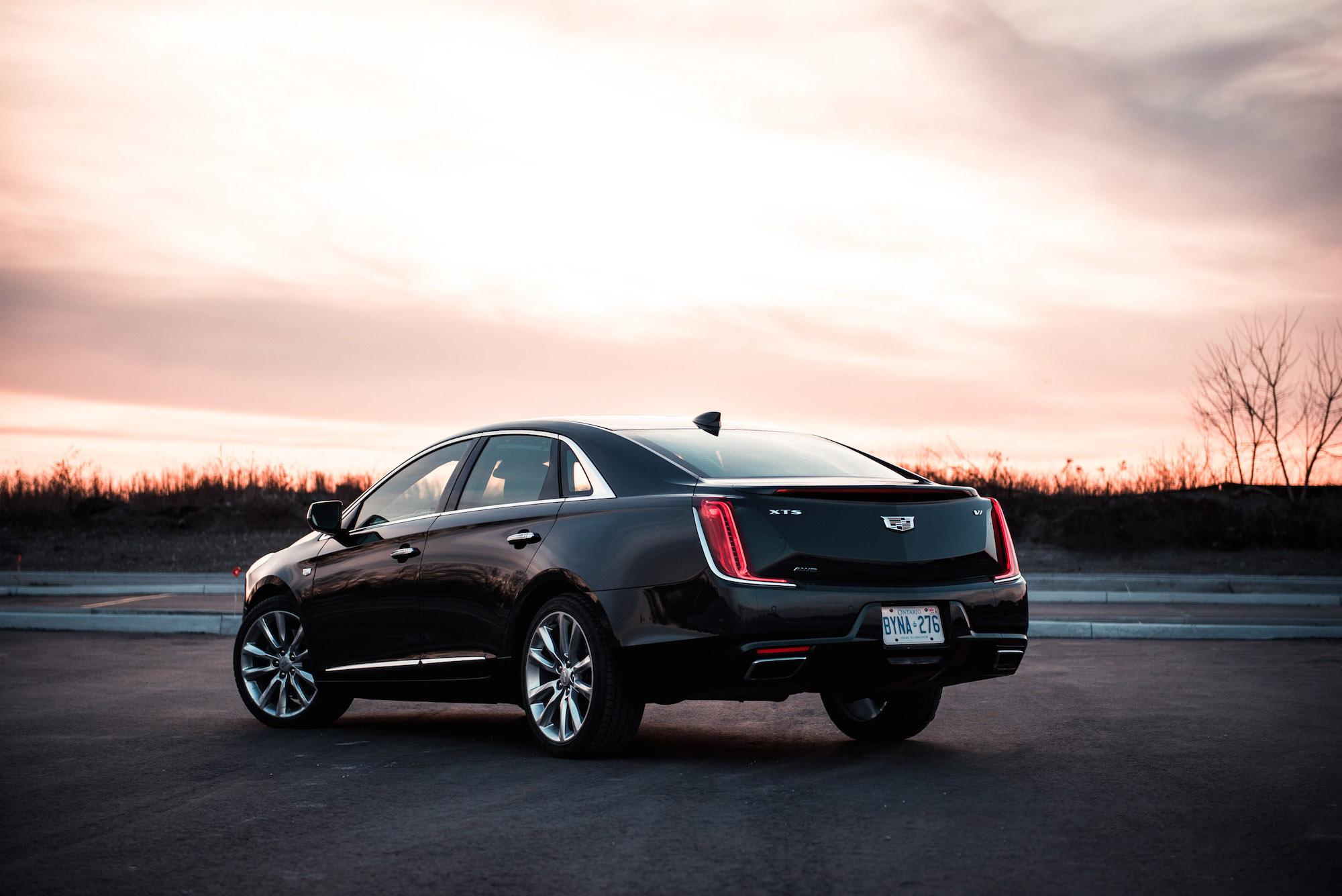 review 2018 cadillac xts v sport platinum car. Black Bedroom Furniture Sets. Home Design Ideas