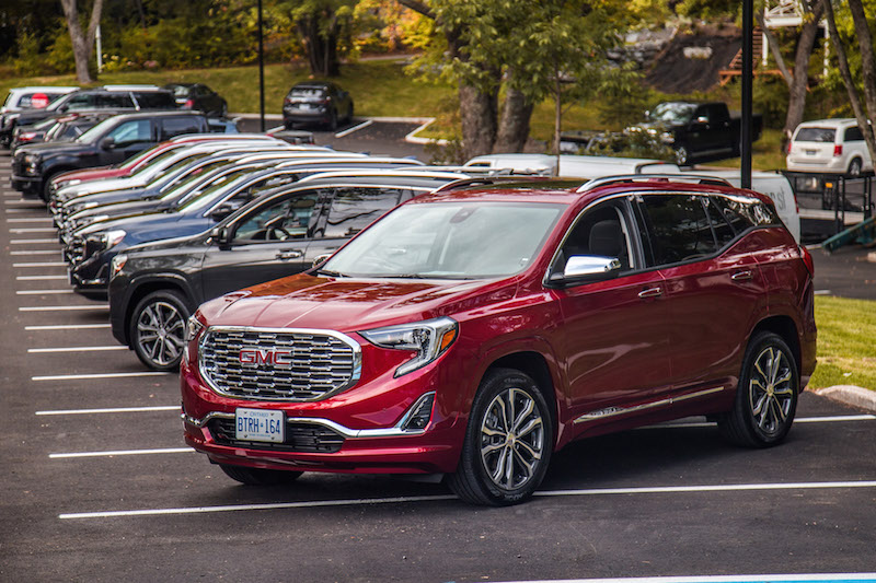 2018 GMC Terrain line up of colours