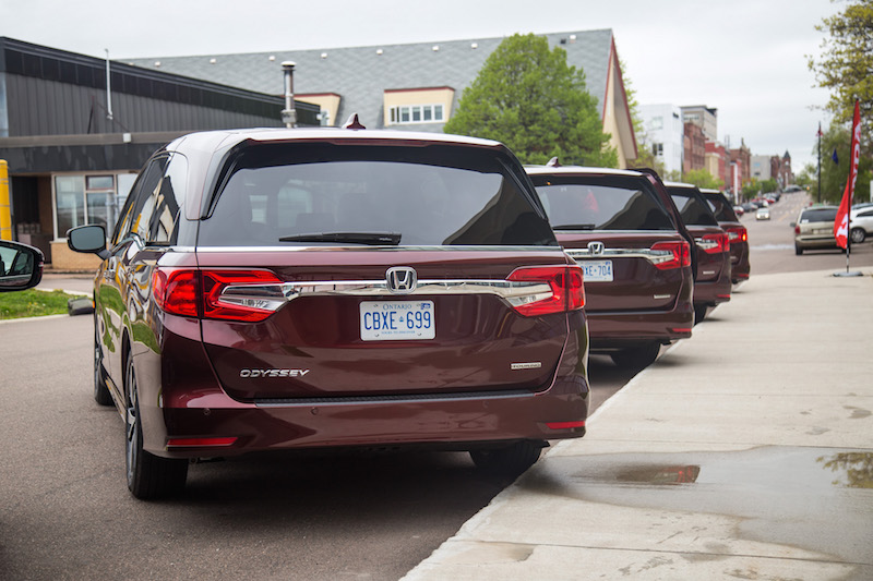 2018 Honda Odyssey Touring rear view canada