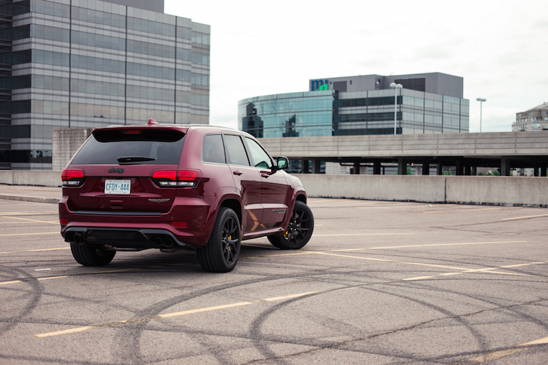 Jeep Cherokee Trackhawk red paint