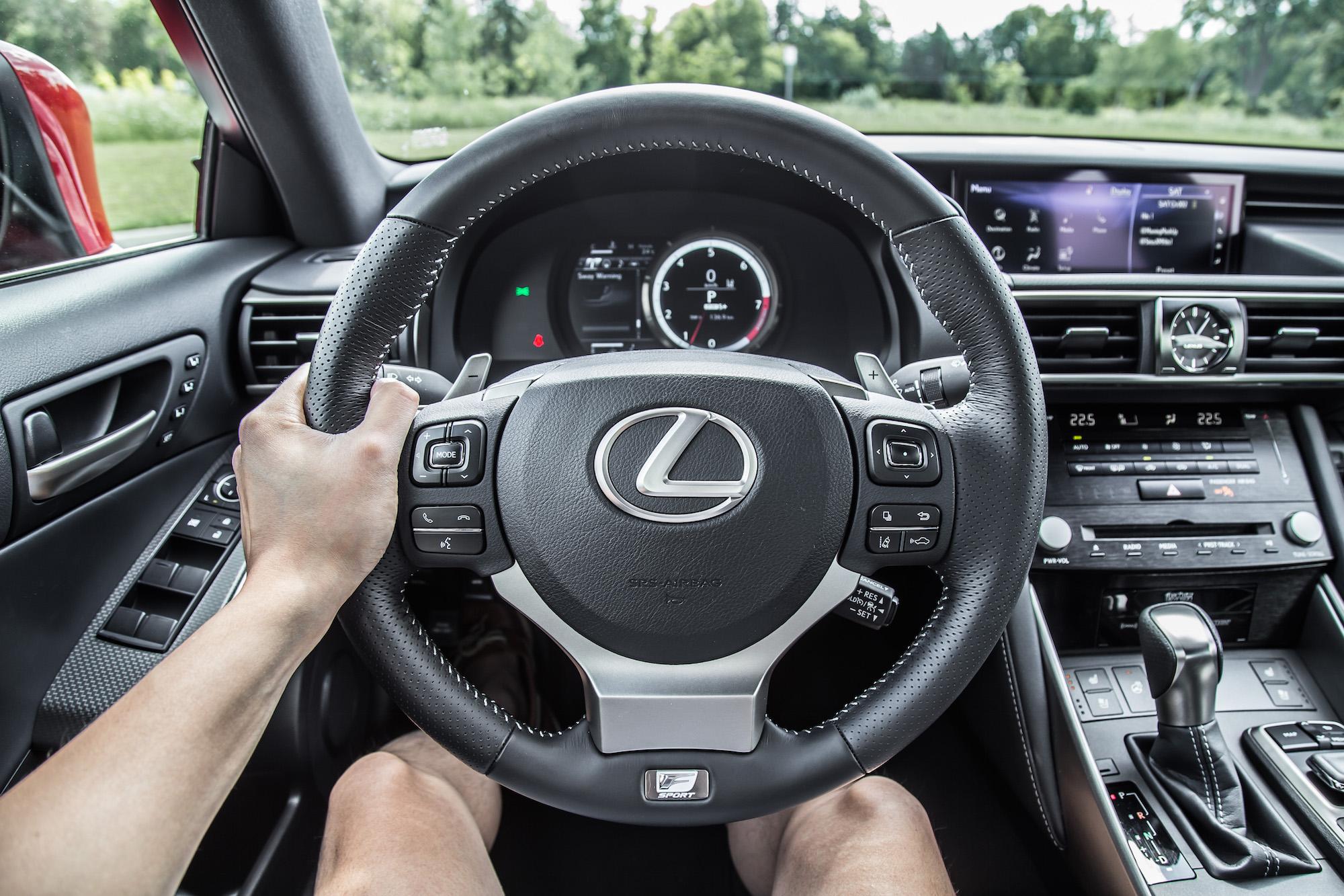 Review 2018 lexus is 350 awd car for Dip s luxury motors reviews