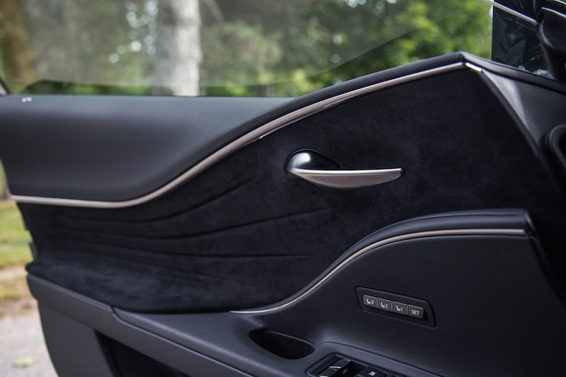 2018 Lexus LC 500h door panel