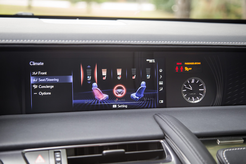 2018 Lexus LC 500h infotainment screen