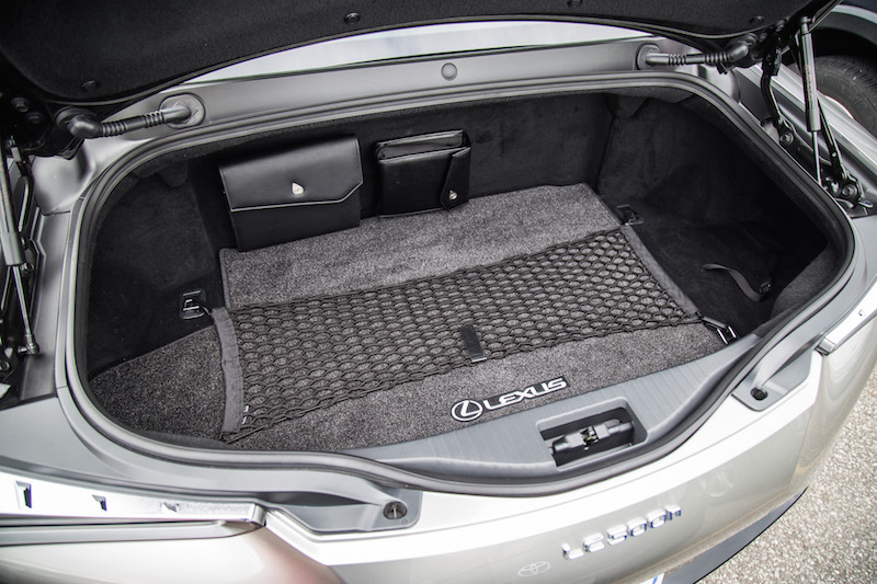 2018 Lexus LC 500h trunk space